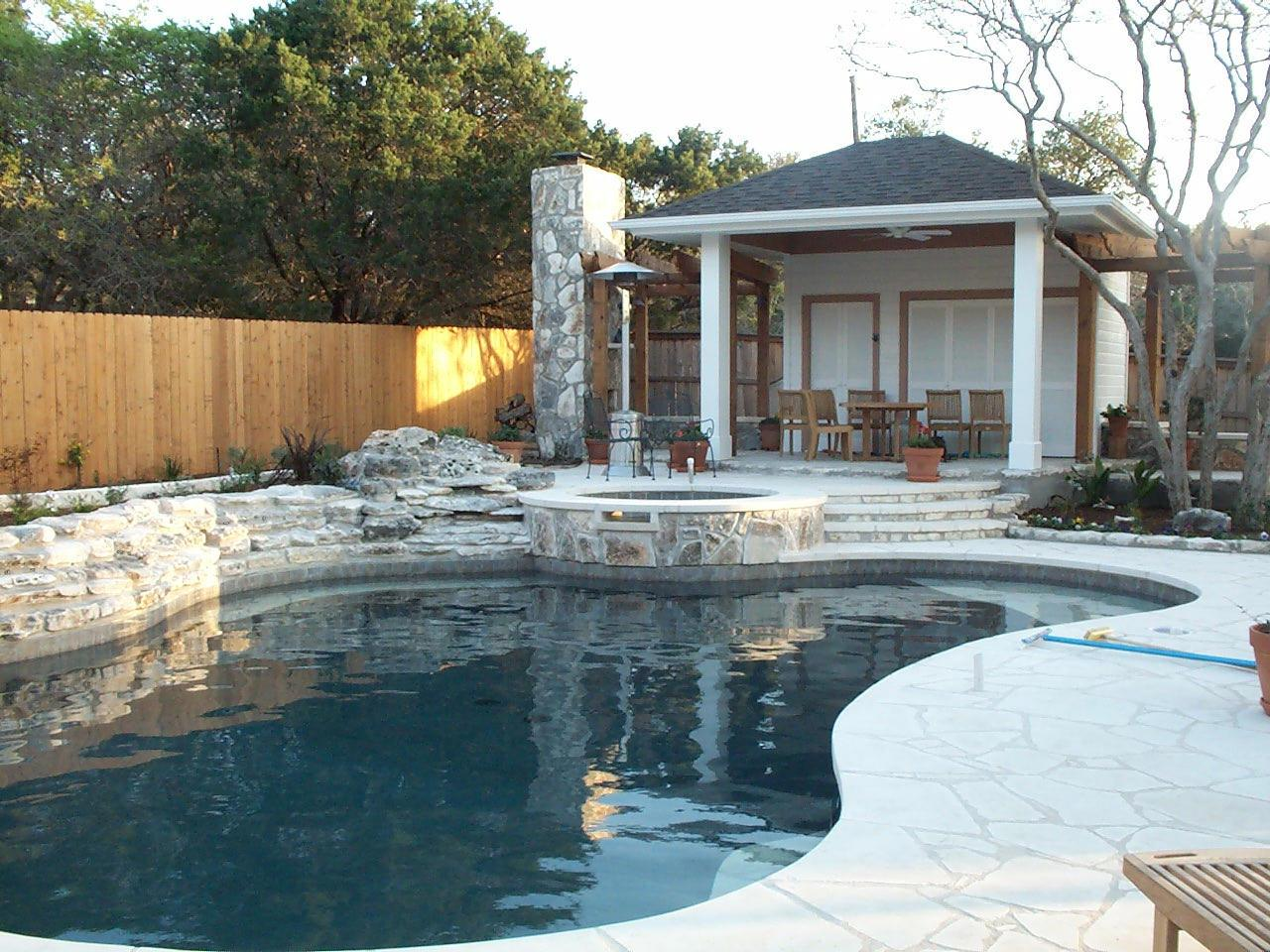 Outdoor Kitchens - Westview Pools